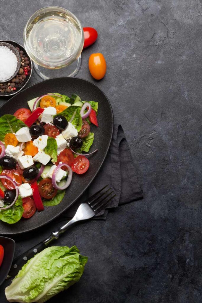 Biologische wijn bij salades